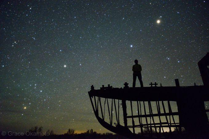 新月の夜に訪れたい!銀河に漕ぎ出す船を撮る