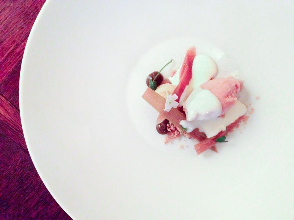 ミシュラン・ガイドに掲載!伝統料理を新解釈した「Juuri」