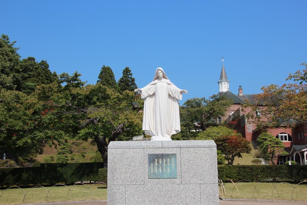 聖像が出迎えてくれる「天使の聖母トラピスチヌ修道院」