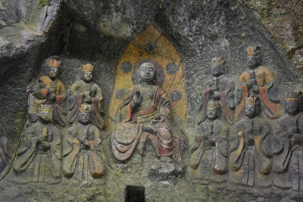 1000年の時を超えて今だ色鮮やかな「地蔵十王像」