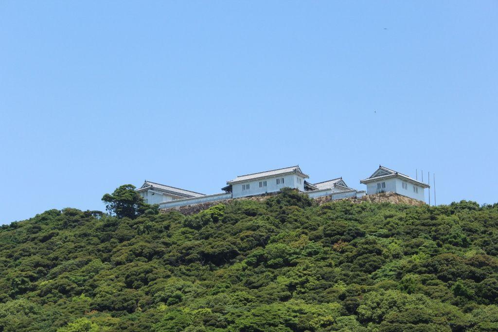 キリシタンと幕府の壮絶な戦いが繰り広げられた富岡城