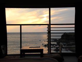 東シナ海をひとり占め「OCEAN RESORTえぐち家」鹿児島県日置市