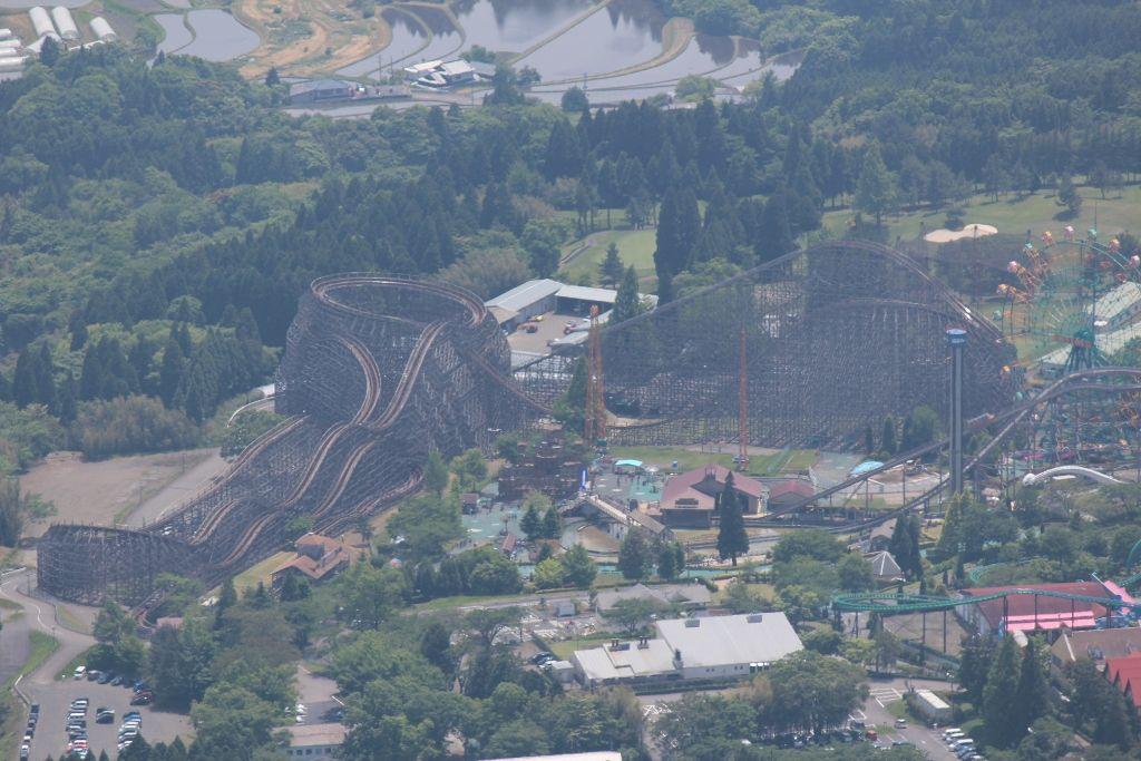 日本最古の木製ジェットコースターがある!「城島高原パーク」