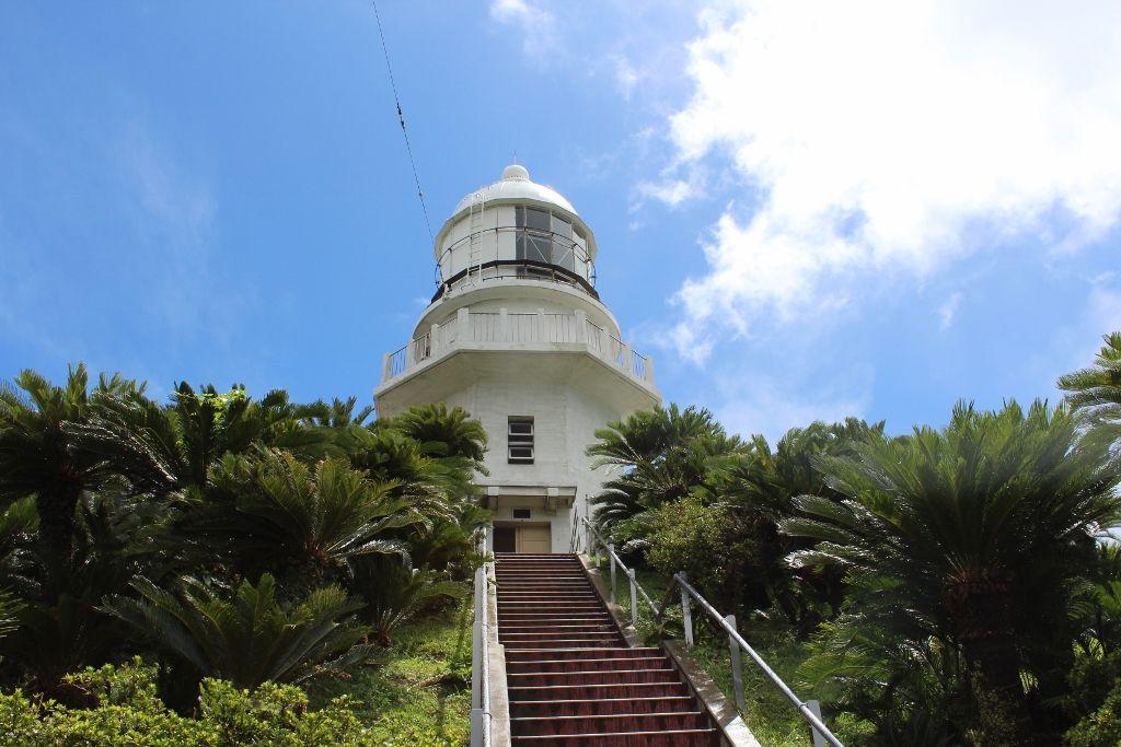 九州で唯一参観できる「都井岬灯台」