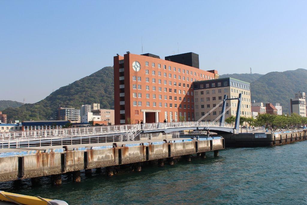 景色と料理に酔うホテル 北九州市「プレミアホテル門司港(旧門司港ホテル)」