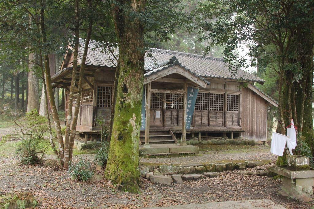 おっぱい神社と呼ばれる「潮神社」