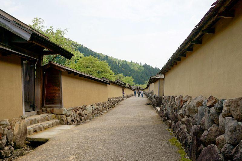 400年の眠りから目覚めた福井・戦国の城下町「一乗谷」