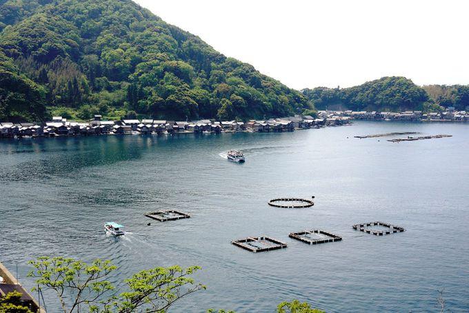 伊根の舟屋群・保存地区の景観を海と山から眺めよう