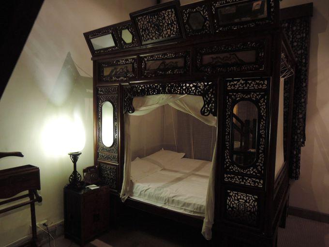 一度は寝てみたい!天蓋付きのベッド