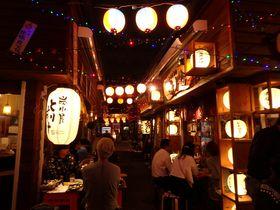 沖縄を丸ごと手軽に味わえる!「国際通り屋台村」