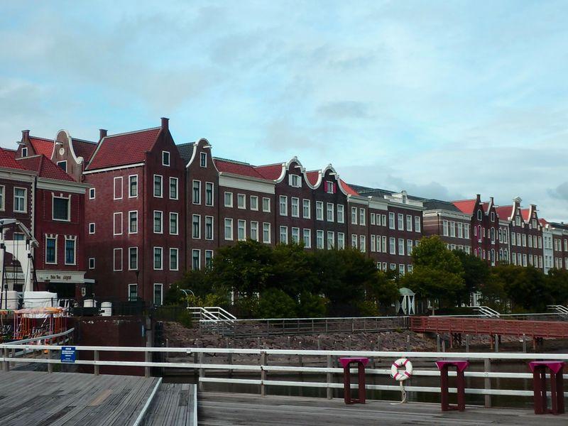 ハウステンボスのパーク内に泊まれる!「ホテルアムステルダム」