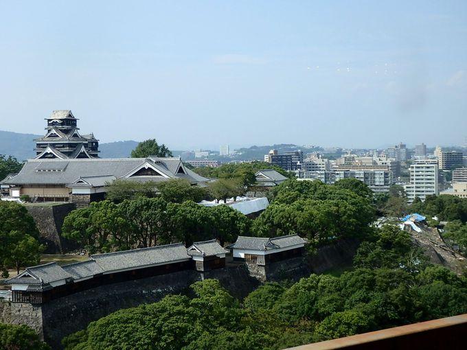 4:空撮気分で眺められる、熊本市役所14階展望ロビー