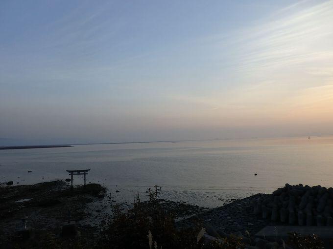 永尾神社から見渡す八代海は、不知火の里