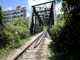 シンガポールでマレー鉄道!廃線後も残る駅舎・鉄橋・線路を歩こう