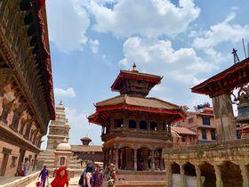 ネパールの美しき古都「バクタプル」で世界遺産の街並み散策
