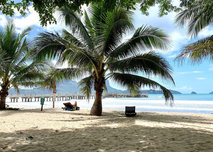 エルニド空港から車で5分!リオビーチに面したリゾート