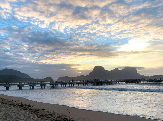 朝や夕方、静かなリオビーチも格別!