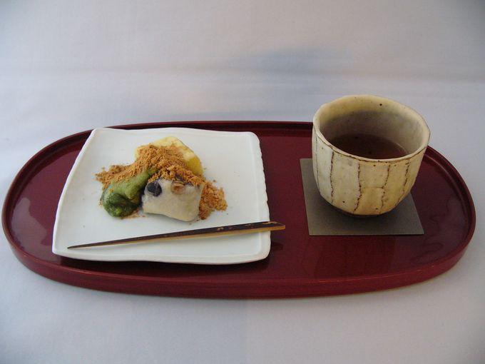 日本茶とお餅、あるいはウィーンの焼き菓子のコラボレーション!
