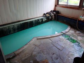 湯もみで真っ白!「ゆ宿 大蔵」で、あの草津温泉の名湯・地蔵源泉を貸切り