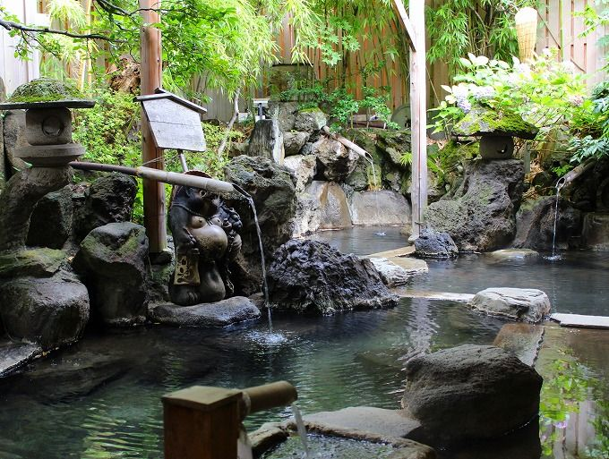 佐久間象山ゆかりの象山露天風呂を貸切りで