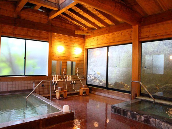 草津温泉湯巡りは最古の旅館・日新館から