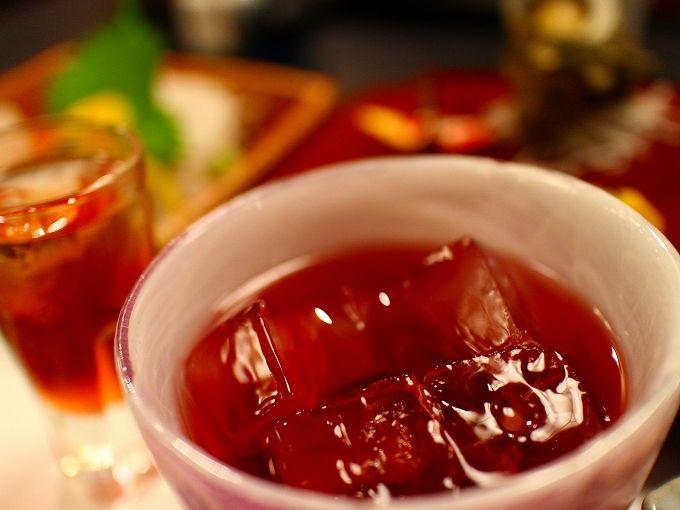旬を活かした料理と大女将お手製の果実酒