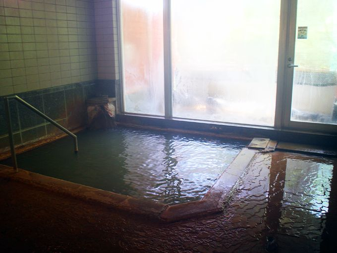 名湯・赤城温泉を非加熱源泉掛け流しで