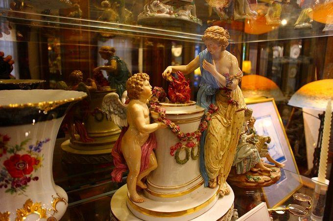 うろこの家の西洋陶磁器コレクション