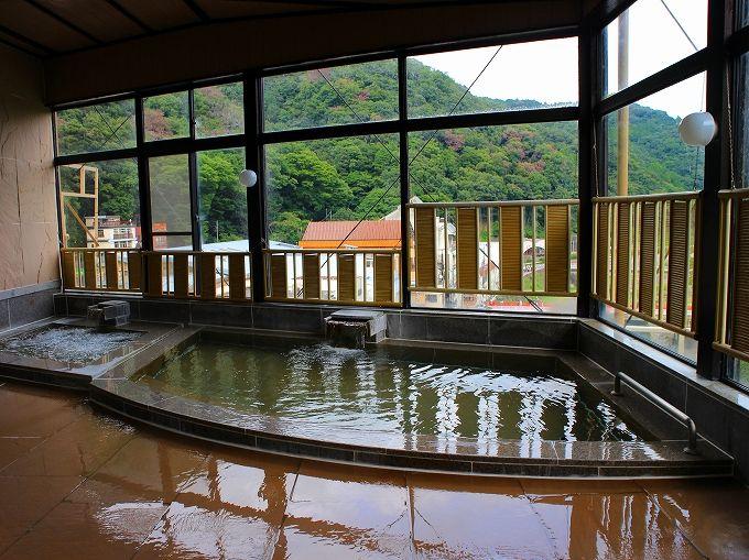 別館ポサーダ泊でも箱根水明荘のお風呂を贅沢に使い放題