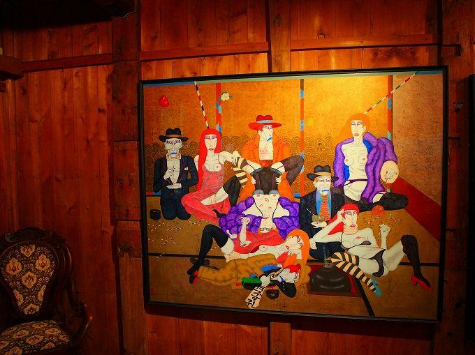 箱根湯本に建つ平賀敬美術館