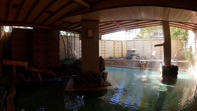 慶山の温泉は自家源泉7本の掛け流し!