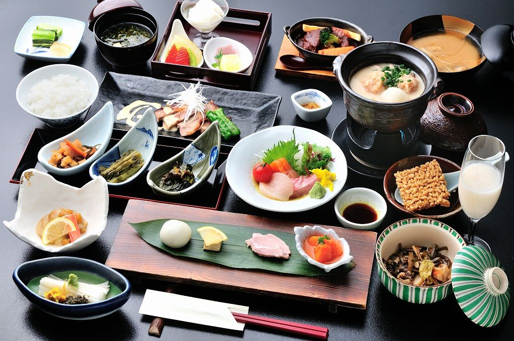 松之山グルメ「棚田米」と「湯治豚」は必食!