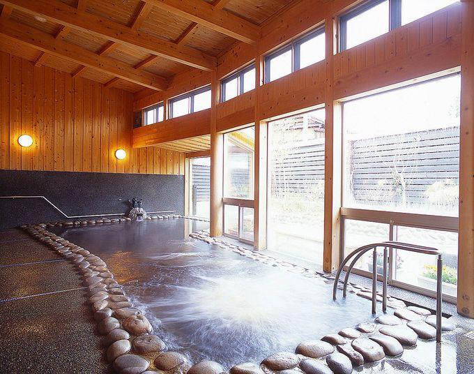 千手温泉 千年の湯は贅沢に源泉掛け流し