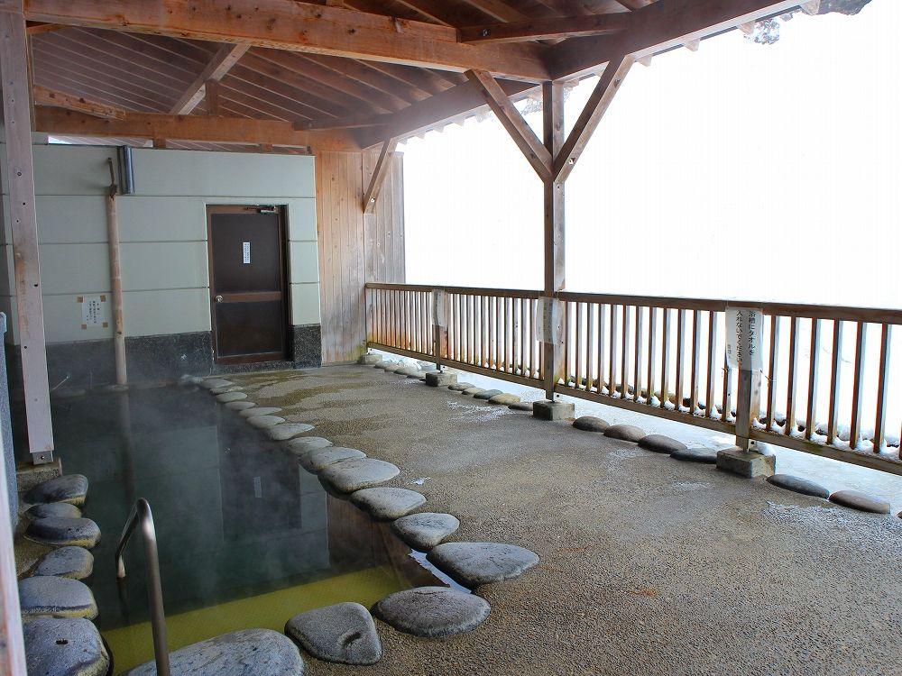 松之山温泉 鷹の湯なら露天風呂も