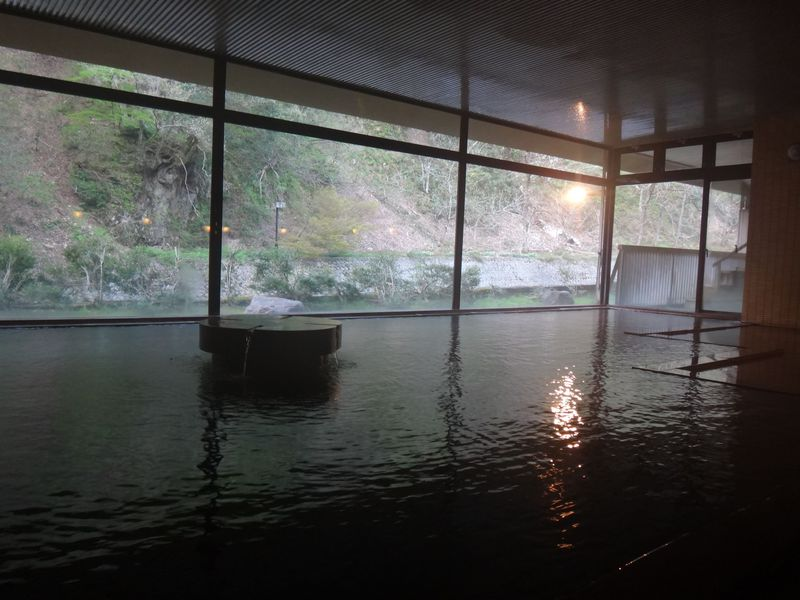 小川温泉元湯「ホテルおがわ」のお風呂を紹介