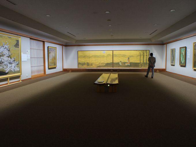 午前11時半:成川美術館