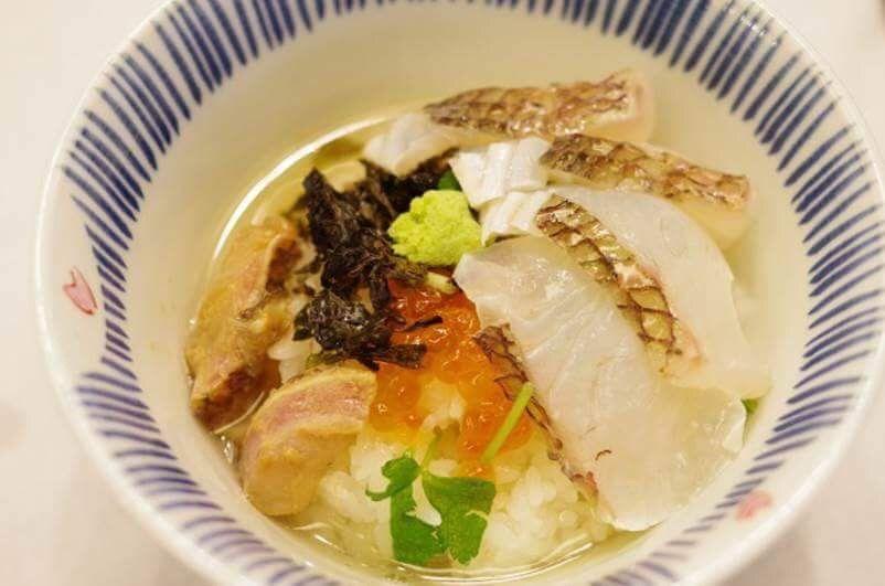「奥の湯 湯元館」で柏崎の鯛茶漬けが食べられる