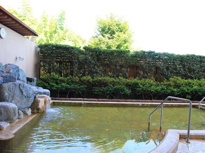 砂塩風呂の後は「恵みの湯」の天然温泉で