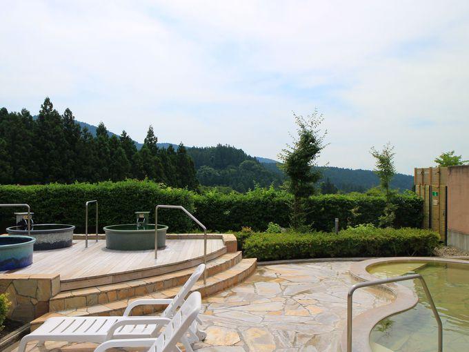 妙義山も見える「峠の湯」の露天風呂
