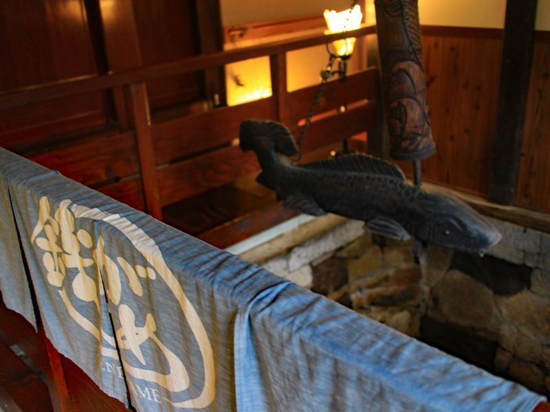 「銭がめ」湯涌温泉の奥、加賀藩主も寄った庄屋屋敷に湧く秘湯