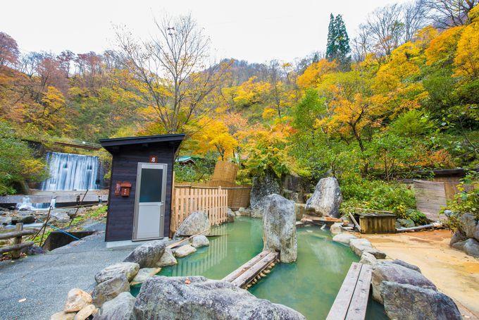 中宮温泉 薬師の湯の露天風呂