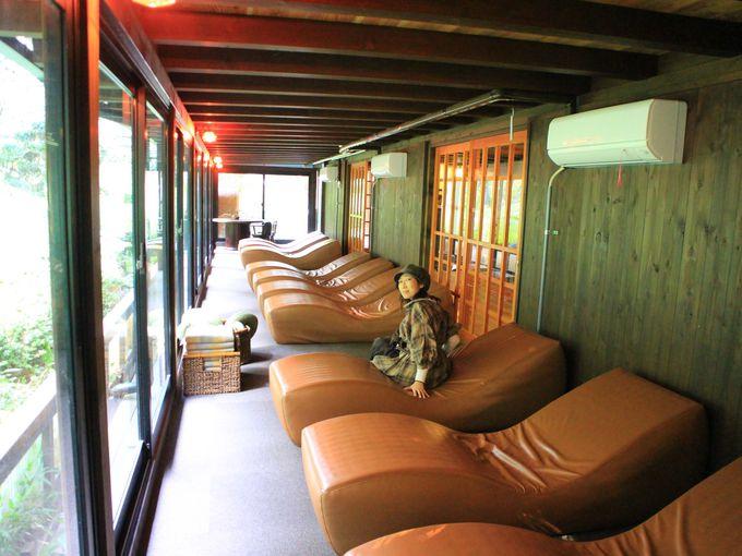 11時40分〜:御殿場高原の絶景露天風呂「茶目湯殿」へ