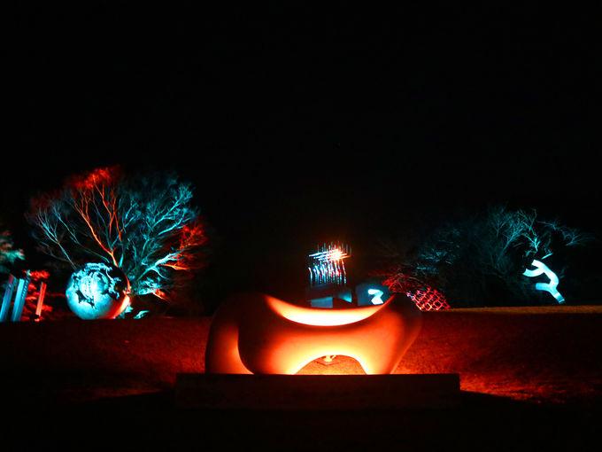 「幸せをよぶシンフォニー彫刻」が箱根ナイトミュージアムの佳境