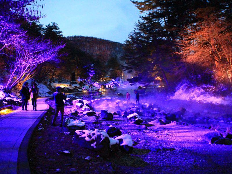 冬に訪れたい群馬の観光スポット10選 ライトアップにみかん狩りも