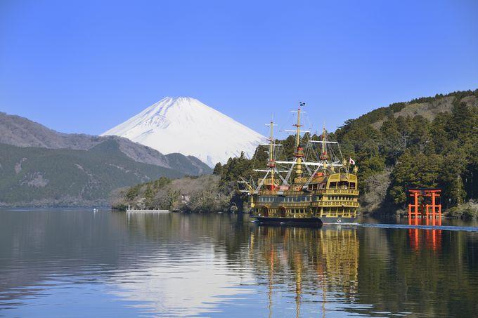 箱根の芦ノ湖に2019年4月新型海賊船が登場