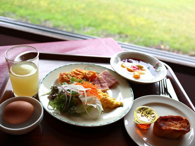 朝食のオススメはりんご風味のフレンチトースト