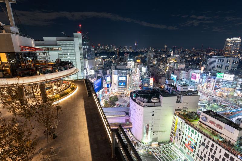渋谷のルーフトップガーデンを日本初上陸の「CE LA VI」で
