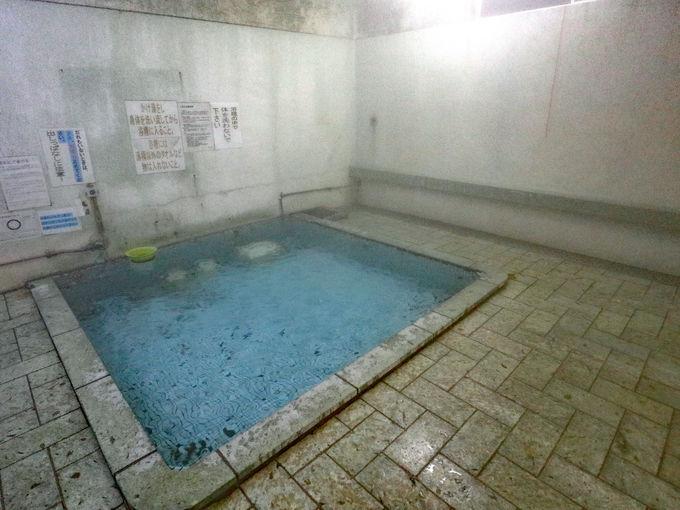 大湯温泉の4軒の共同浴場