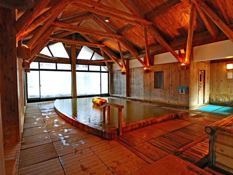 「アソベの森 いわき荘」津軽の魅力いっぱい!青森ヒバの温泉も