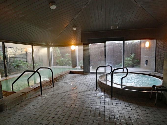 「箱根ハイランドホテル」の湯上がりはアクアラウンジで